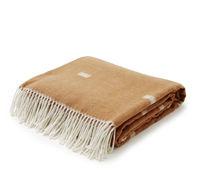 tekstylia do salonu - koce, poduszki, narzuty