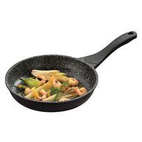 Jak smażyć jak profesjonalny kucharz - kilka sztuczek, które usprawnią smażenie