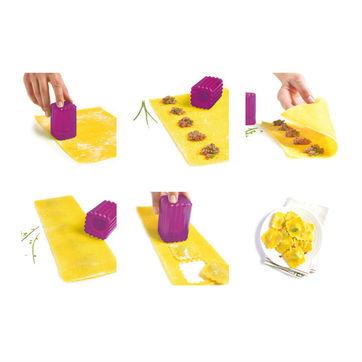 Mastrad - zestaw do wycinania pierożków i ravioli - 9 elementów