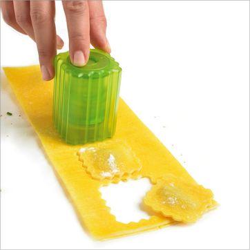 Mastrad - zestaw do wycinania pierożków i ravioli - 10 elementów