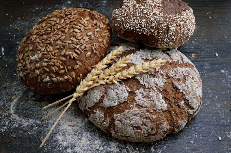 historia i tradycje związane z chlebem - wiele rodzajów chleba